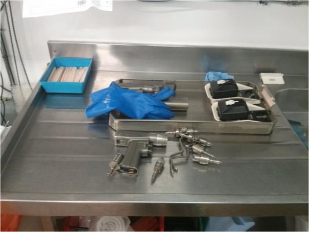 Image of sink prior to manual wash preparation.